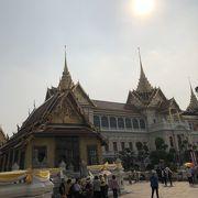 バンコク市内観光するなら。