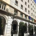 バル巡りの立地、コスパの良いホテル