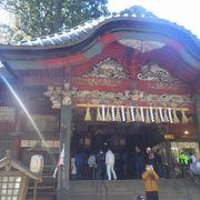 立派な参道、立派な鳥居のある荘厳な神社でした