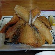 保田漁協直営の食堂で朝獲れの新鮮な魚をリーズナブルに食べる