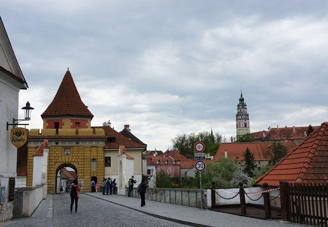 ブディヨヴィツェ門