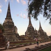 三つの仏塔
