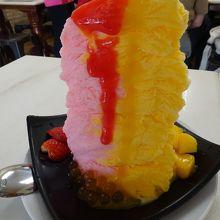 これが ストロベリー マンゴー アイス
