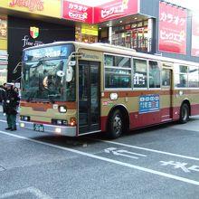 中山駅前の神奈中バス