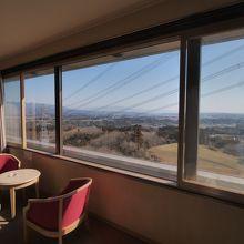 妙義山側でなくとも大きな窓からのビューは最高!