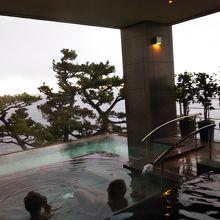 新大浴場スパリウムニシキの露天風呂