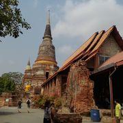 圧巻の大仏塔