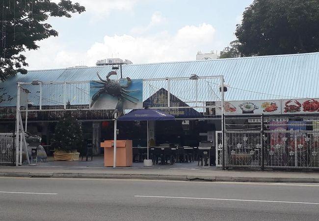 ノー サインボード シーフード レストラン (ゲイラン店)