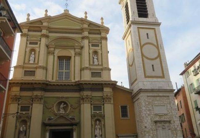 サン レパラート大聖堂
