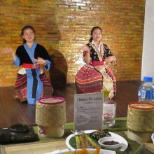 モン族の踊り