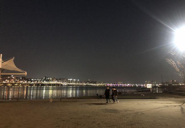 夜景が綺麗です