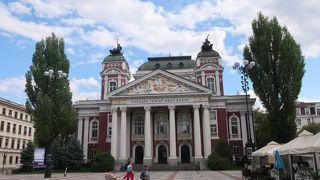 イヴァン ヴァゾフ国立劇場