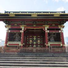 有章院霊廟二天門