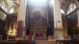 サン モイゼ教会