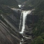 千尋の滝はコマーシャル、リポビタンDで撮影された滝だということです。