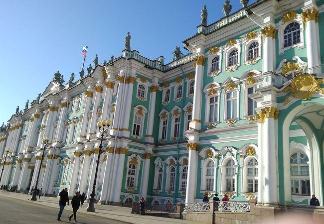 サンクトペテルブルグ歴史地区と関連建造物群