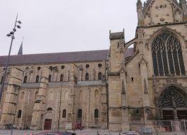 サン レミ聖堂