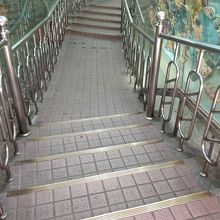 龍虎塔の階段