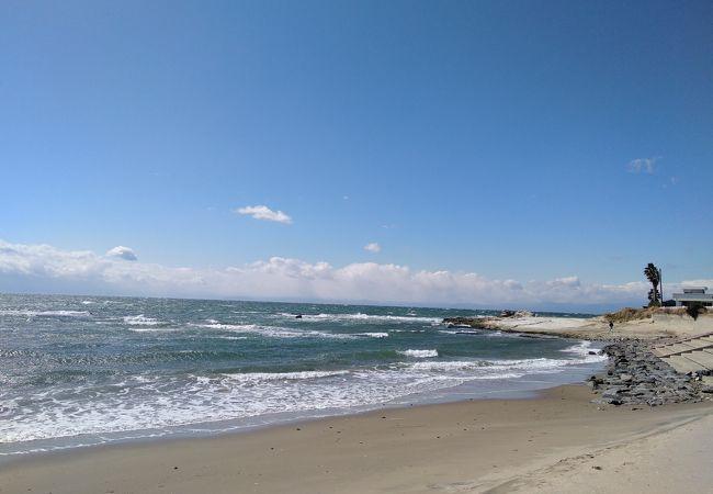 キラキラ輝く春の海