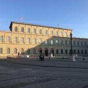もともとはバイエルン王家の宮殿
