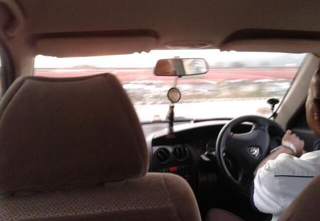 長距離タクシー
