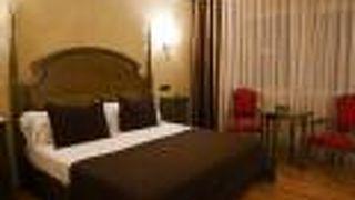 サレス シウタット デル プラット ホテル