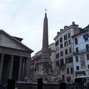 パンテオンの前の広場