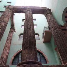 オーグスト ローマン寺院