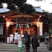 富士塚もある千駄ヶ谷の神社