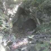 パガットケーブの入口