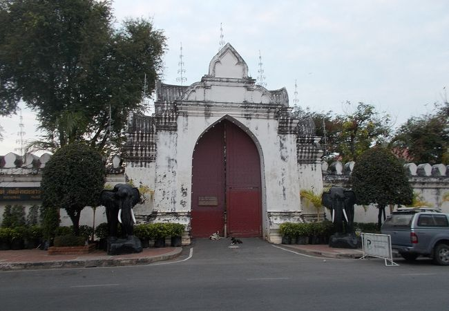 プラ ナーラーイ ラーチャニウェート宮殿(国立博物館)