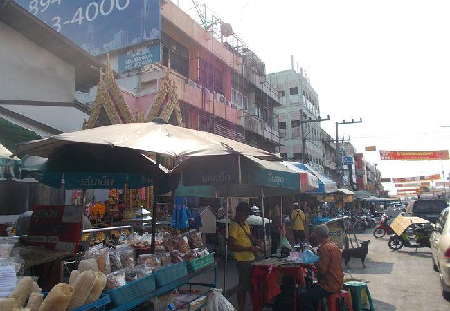 チャオプロム市場