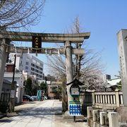 縁結びで有名な神社です
