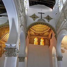 サンタ マリア ラ ブランカ教会