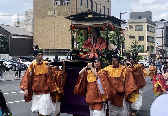 京都3大祭の、葵祭が見られました。