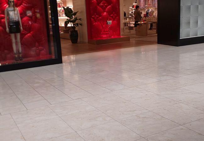 ルイ ヴィトン (新宿高島屋店)