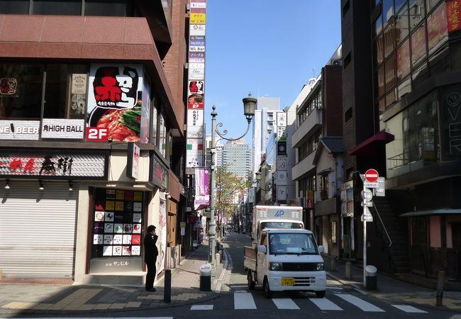 エスプラナード赤坂通り (田町通り)