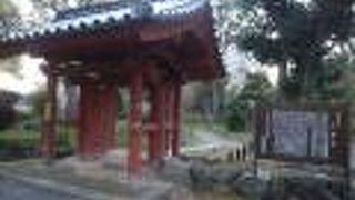 津城跡にあった入徳門