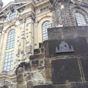 歴史の重い教会