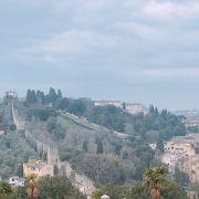 アルノ川からいくと登り 「バルディーニ庭園」 イタリア フィレンツェ