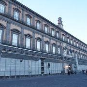 ブルボン家の王宮