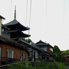 大きな三重塔は尾道のシンボル