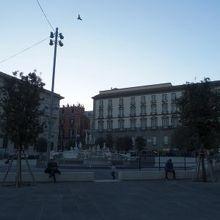 ムニチービオ広場