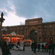 メリーゴーランドある 「レプッブリカ広場」 (共和国広場) イタリア フィレンツェ