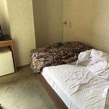 シングルルーム。
