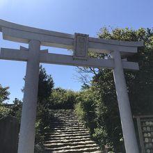 弥彦山山頂がパワースポットです。