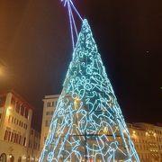 クリスマスツリーが印象的