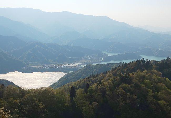 徒歩1時間で宮ケ瀬湖の全景展望