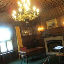 宮殿の中の部屋