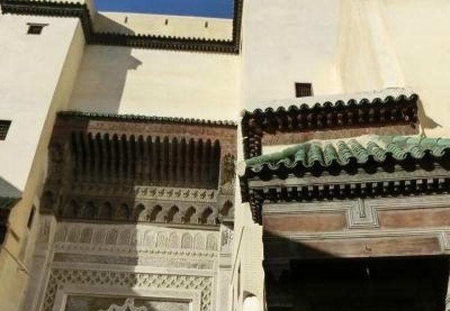 フェズ旧市街の中心部にあるメディナを作った王様の廟